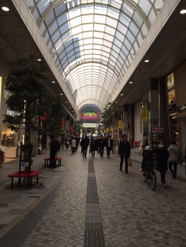 オシャレな商店街が連なるストリート